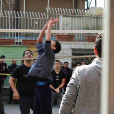 تصاویر مسابقات والیبال درون مدرسه ای